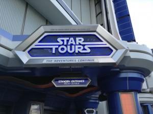 仕掛け絵本「Star Wars: A Pop-up guide to the galaxy」が840円で丸善・舞浜イクスピアリ店で販売されています