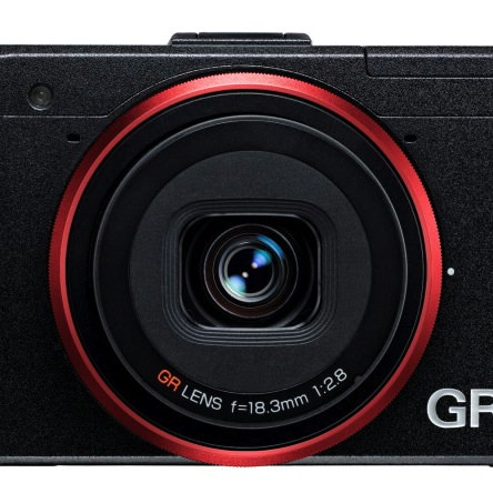リコーのGRがPCMagの「The 10 Best Digital Cameras」に選ばれています