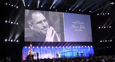 ピクサーのジョン・ラセターによるスティーブ・ジョブズについての感動的なスピーチ(ディズニー・レジェンド受賞)