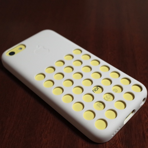 iPhone 5c: 楽しい純正ケース選び – 色を探す