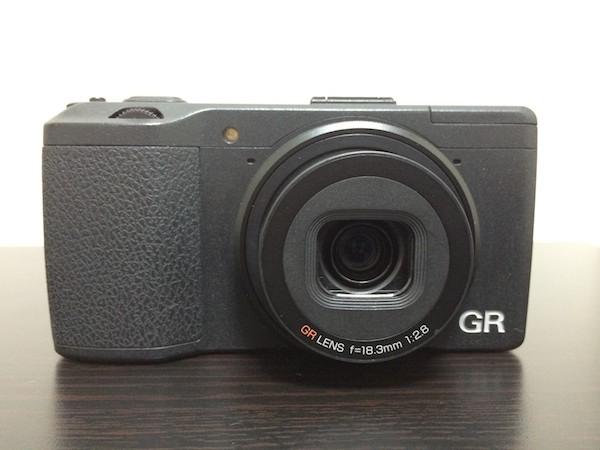 リコーのコンパクトデジタルカメラ「GR」が特価 にて発売されています