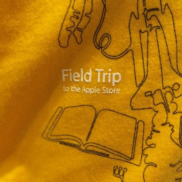 Apple StoreでゲットしたTシャツを紹介します