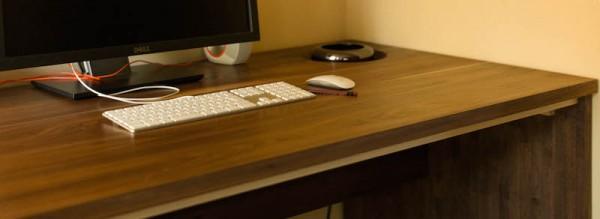 新型 Mac Pro 用にあつらえた自作机のクオリティが半端ない