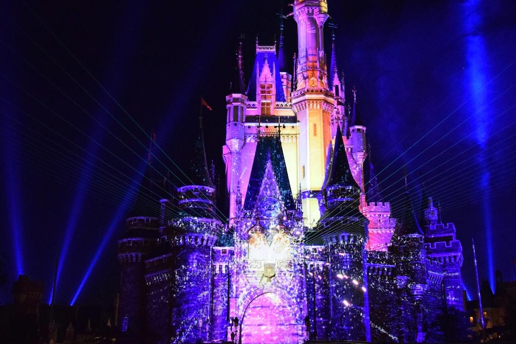東京ディズニーランドの「ワンス・アポン・ア・タイム」はD3300で綺麗に撮れる。