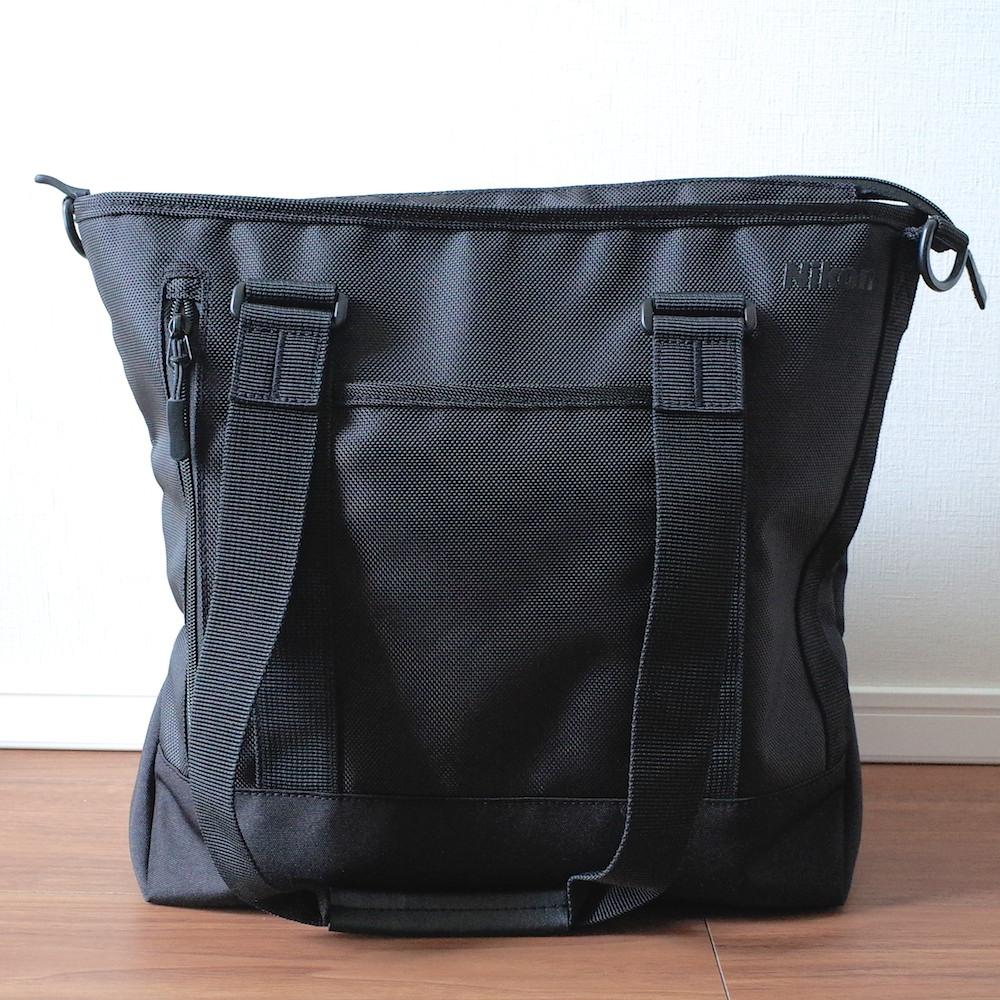 ニコン「FLX トートバッグ」はカメラバッグらしくないバッグで収納力バツグン!