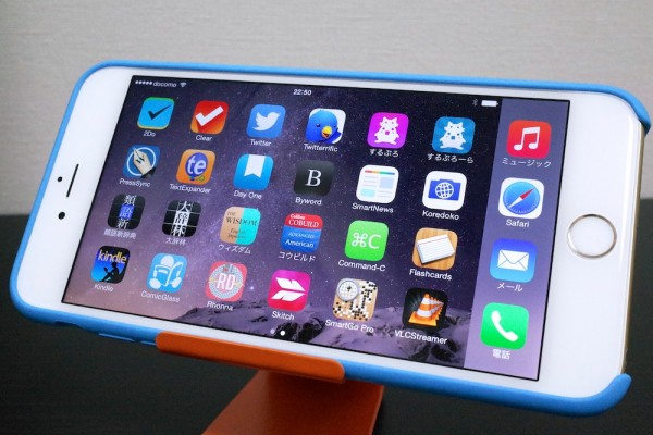 """""""老眼フォン""""と揶揄されたiPhone 6 Plusだが、アプリが高解像度にどんどん対応しつつある。"""