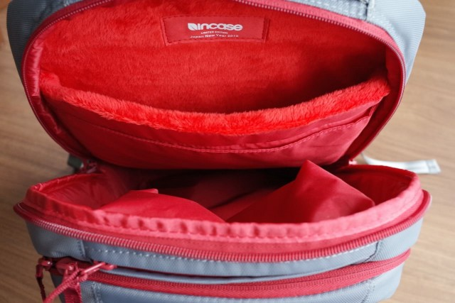20150121Incase_ICON_Slim_Pack_Backpack16