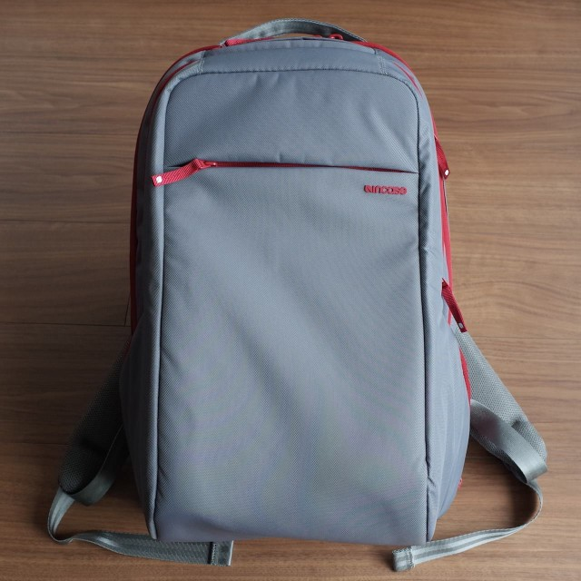 20150121Incase_ICON_Slim_Pack_Backpack3
