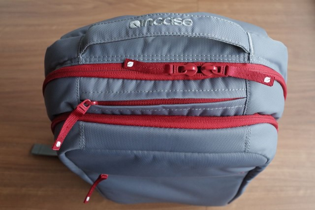 20150121Incase_ICON_Slim_Pack_Backpack5