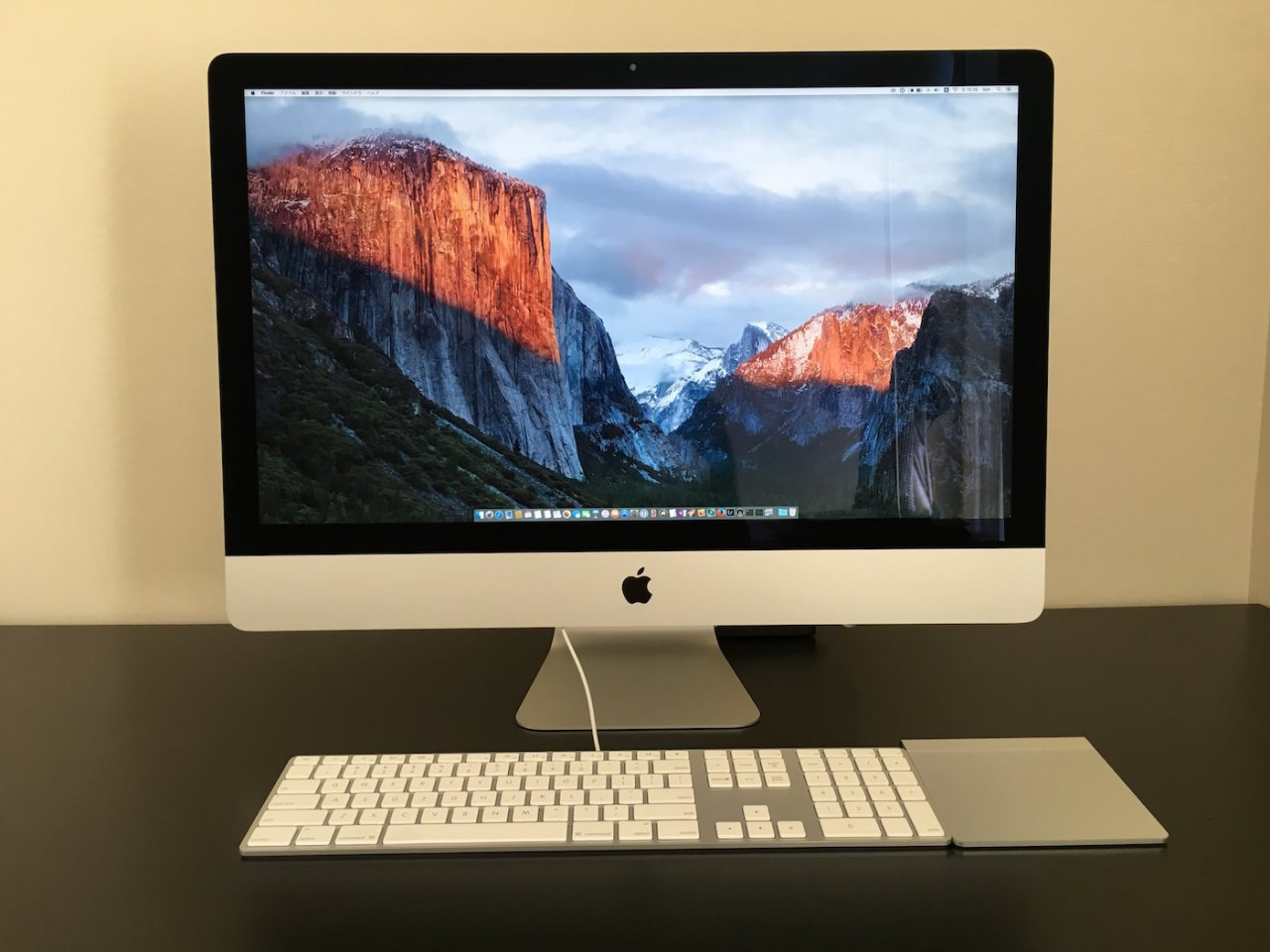 複数のMacを時と場所に応じて使い分けることで生産性を高める。