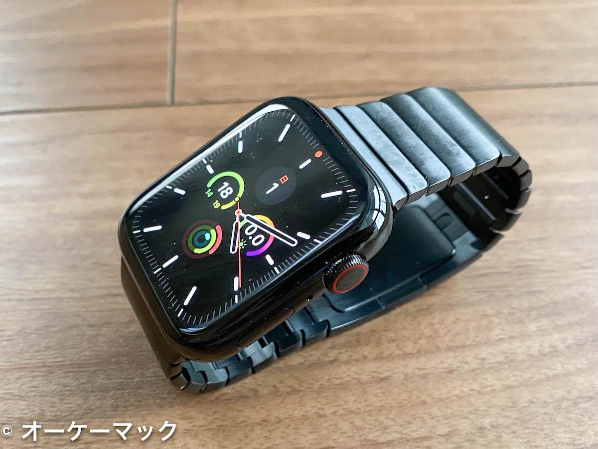Apple Watch Series 5 スペースブラックステンレススチールケースとスペースブラックリンクブレスレット